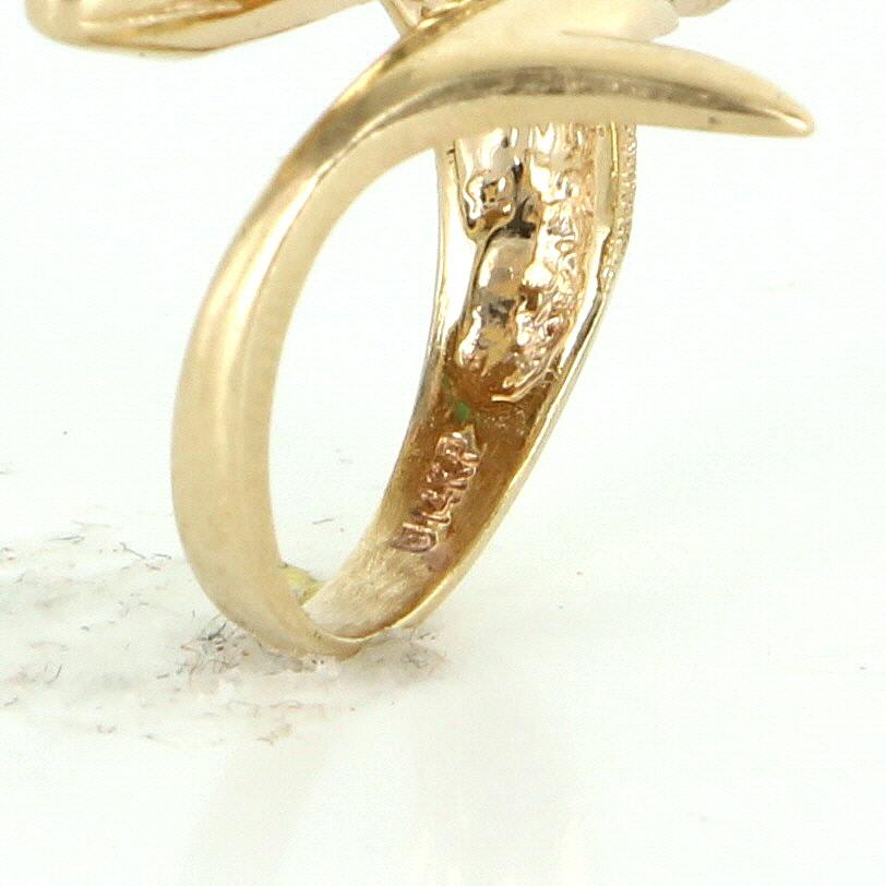 Dolphin Ring 14 Karat Yellow Gold Emerald Vintage Fine Jewelry