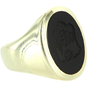 Mens Vintage Family Crest Oval Ring 14 Karat Yellow Gold Onyx Sz 7.5 Estate Jewelry