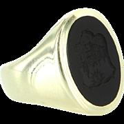 Mens Vintage Family Crest Oval Ring 14 Karat Yellow Gold Onyx Sz 7.5 Estate Jewelry