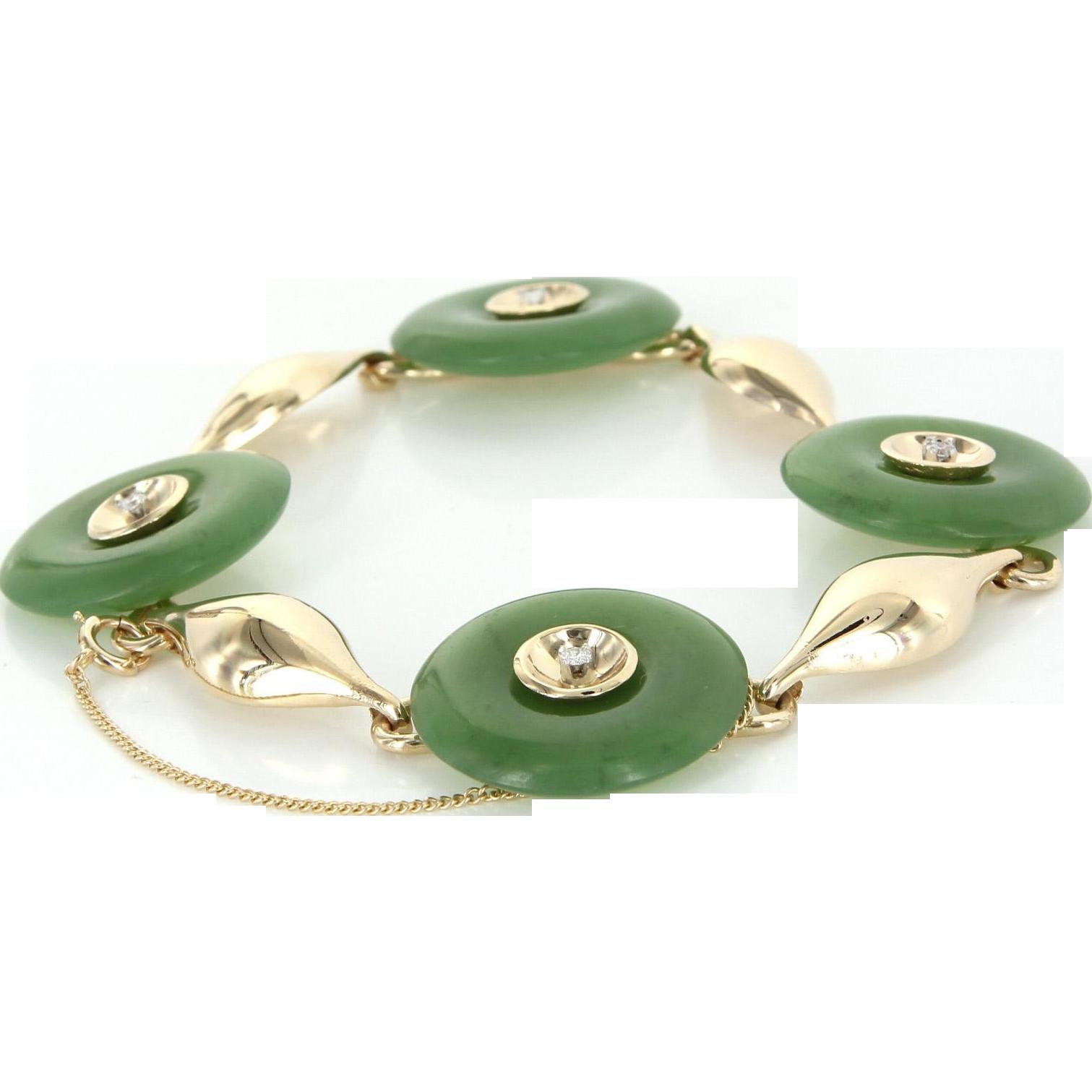 Vintage Jade Disc Diamond Bracelet 14 Karat Yellow Gold Estate Fine Jewelry Heirloom