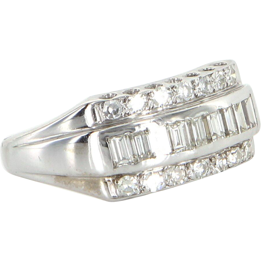 Vintage Diamond Anniversary Ring 14 Karat White Gold Estate Fine Jewelry Sz 8