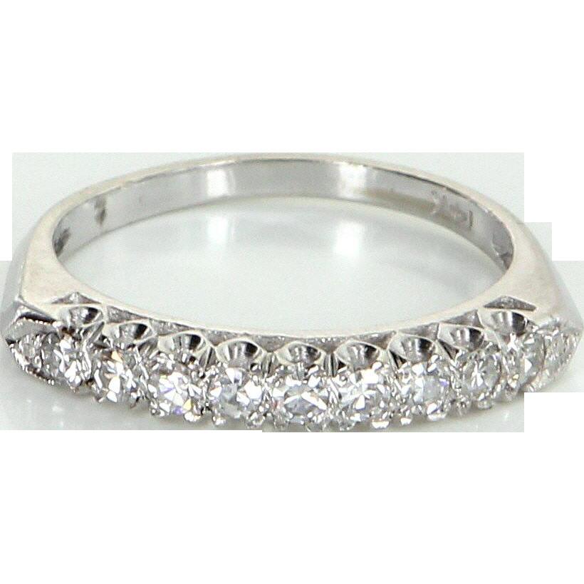Vintage Art Deco Diamond Wedding Ring Band 14 Karat White Gold Estate Jewelry