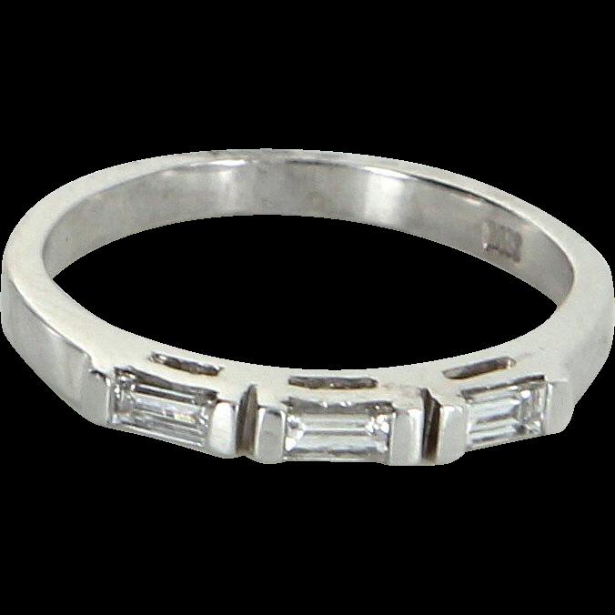 3 Diamond Band Vintage 14 Karat White Gold Emerald Cut Estate Fine Jewelry 5