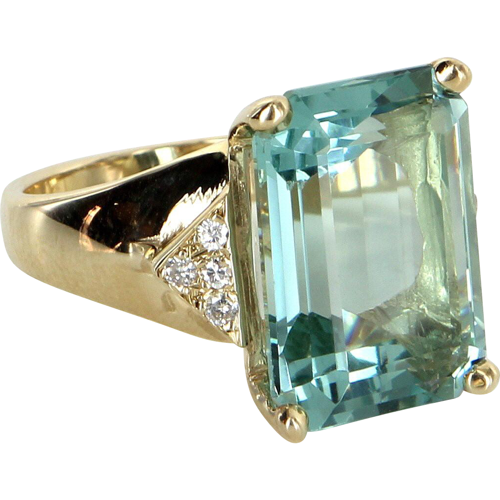 Large 15.50ct Aquamarine Diamond Cocktail Ring Vintage 14 Karat Yellow Gold Estate Jewelry