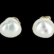 Cultured Baroque Pearl Stud Earrings Vintage 14 Karat Yellow Gold Estate Jewelry