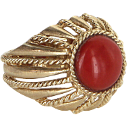 Mediterranean Red Coral Cocktail Ring Vintage 14 Karat Yellow Gold Estate Jewelry 7