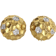 Diamond Dome Honeycomb Clip Earrings Vintage 18 Karat Gold Estate Fine Jewelry