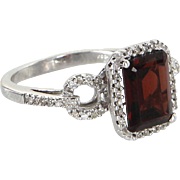 Garnet Diamond Cocktail Ring Vintage 14 Karat White Gold Estate Fine Jewelry 5.5