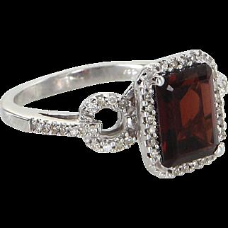 Garnet Diamond Cocktail Ring Vintage 14 Karat White Gold Estate Fine Jewelry 5.5