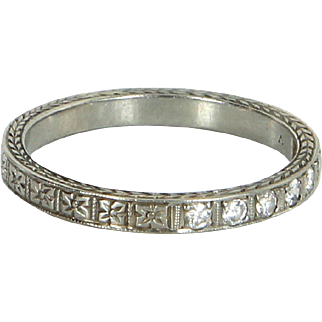 Vintage Art Deco Diamond Wedding Band Ring Sz 6.75 Embossed 18 Karat White Gold Jewelry