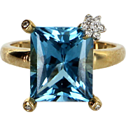 London Blue Topaz Diamond Flower Cocktail Ring Vintage 10 Karat Gold Estate Jewelry