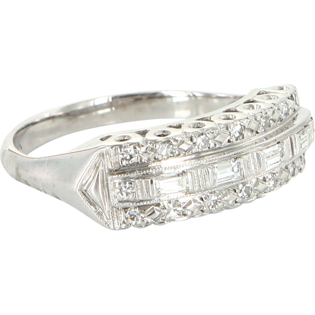 Vintage Art Deco Diamond Anniversary Ring 14 Karat White Gold Estate Fine Jewelry 6.5