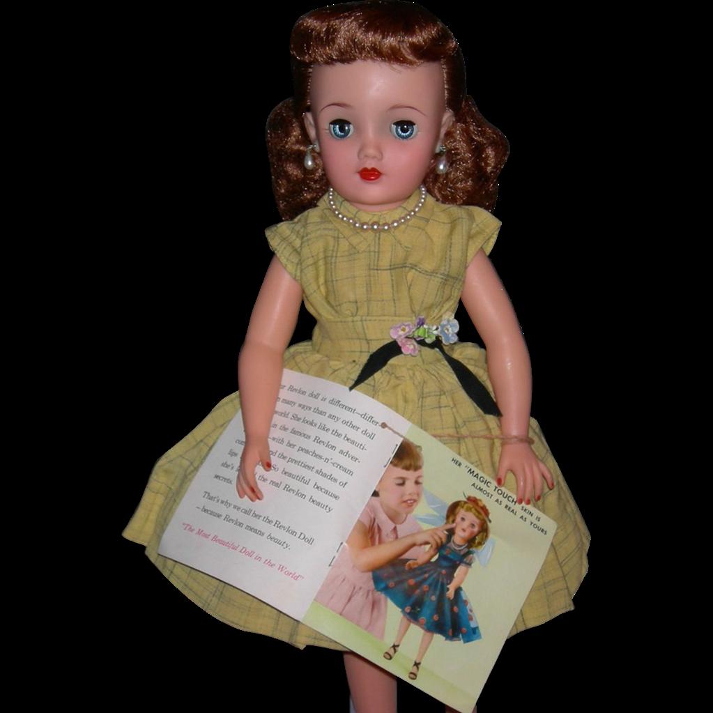 "IDEAL REVLON - Original Box - Wrist Tag Booklet - 18"" - Kissing Pink Series - Rarer Yellow Plaid Dress!!"