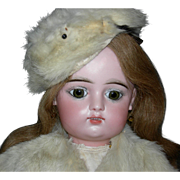 "FG 9 - FRANCOIR GAULTIER - 23"" - Orig Body - Antique Clothes & Fur Coat w/ Hat - Beautiful Modeling Of The Face!!"