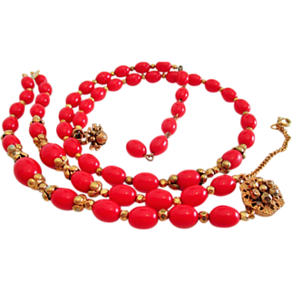Vintage signed MIRIAM HASKELL red necklace and bracelet set