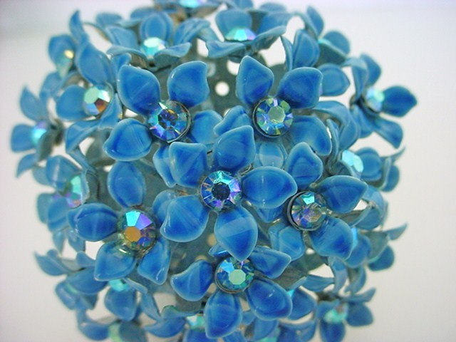 Vintage Signed KRAMER Enameled Retro Flower Brooch Earrings