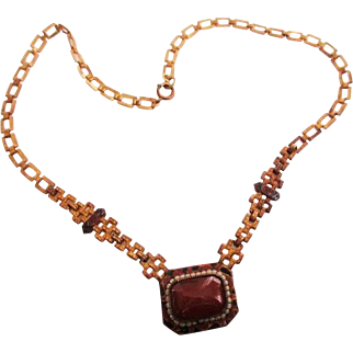 ART DECO ERA Carnelian Glass Necklace with decorative Enamel