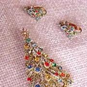 """ART"" Colorful Rhinestone Christmas Tree Pin and Earrings Set (Signed ART)"