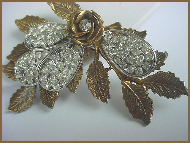FABULOUS! Ornate Vintage Leaf Rhinestones  Brooch - Big Showy