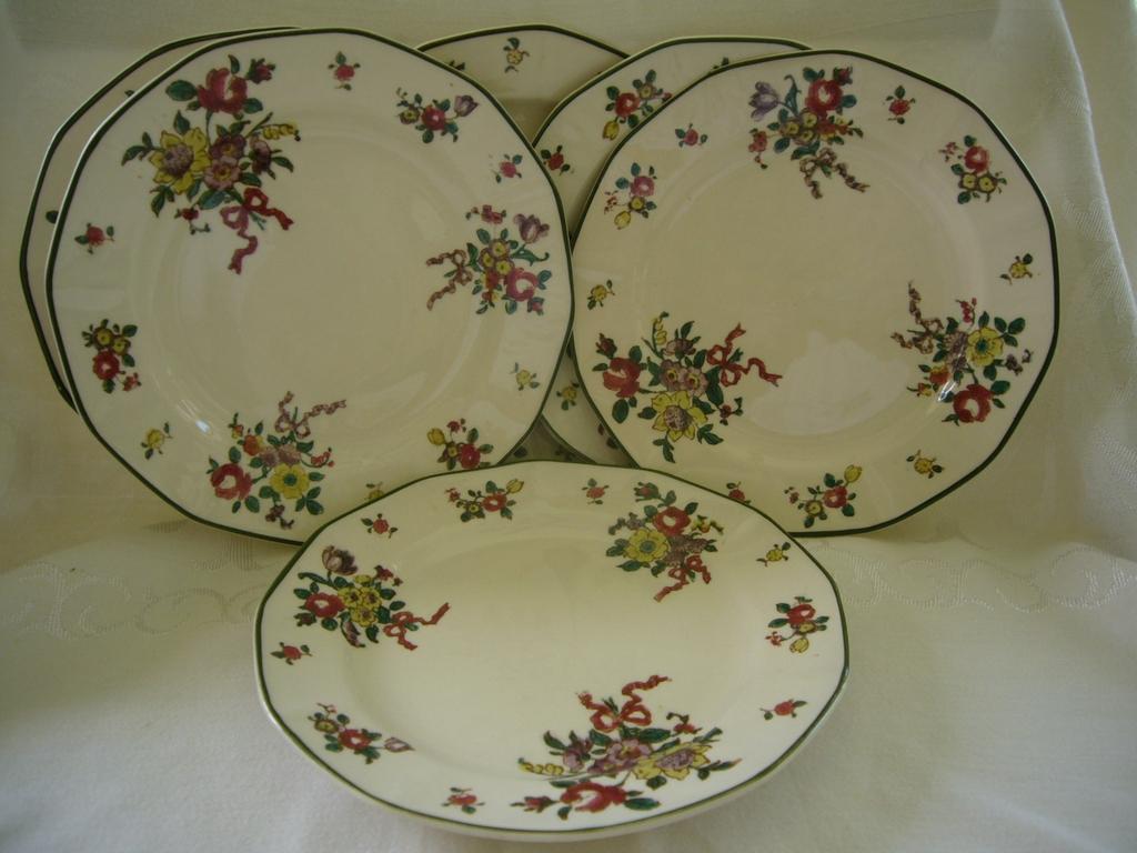 "Set of Six 7"" Royal Doulton Plates Circa 1912 -Pattern Old Leeds Sprays"