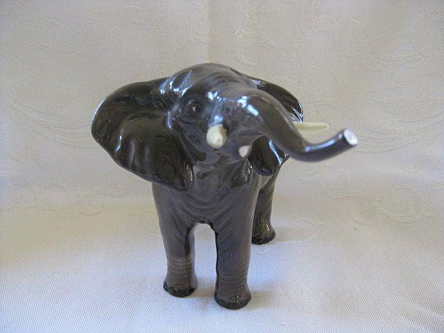 Beswick Elephant Procelain Figurine