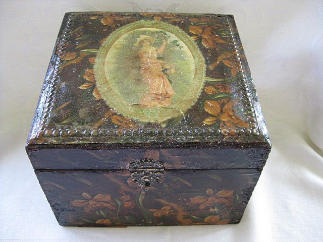 Victorian  Decoupaged Dresser Box 1800's