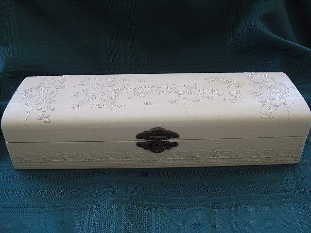 Victorian Celluloid White Tie Box