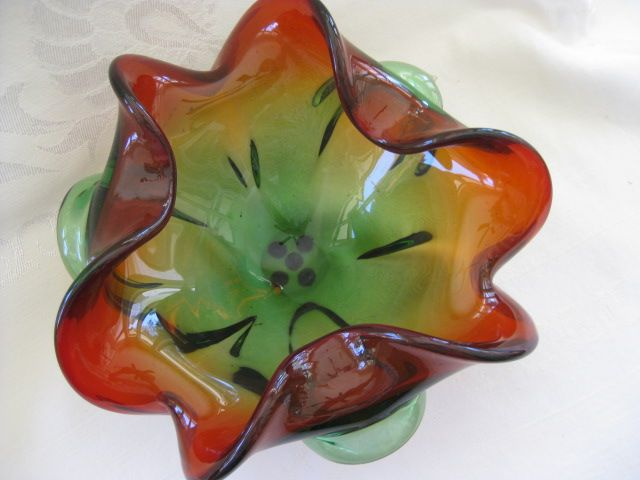 Vintage Rubina Verde Art Glass Bowl