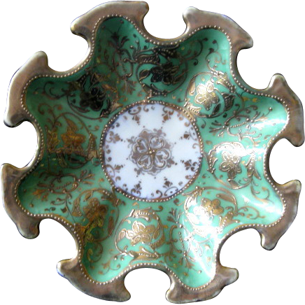 """Early 1900's Green Hand Painted Japan Nippon Dish  6 1/4"""""""