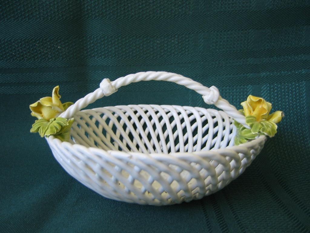 Small Open Weave Porcelain Basket Bowl