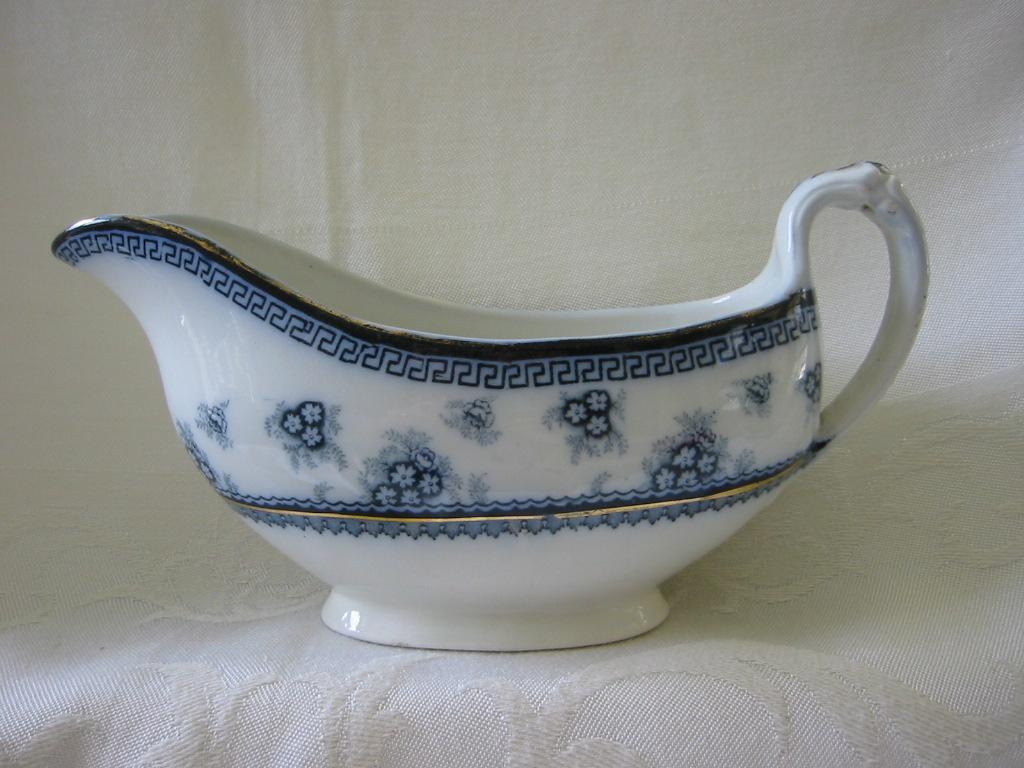 Blue and White Sauce Boat    Wood and Sons     Pattern Torbrex