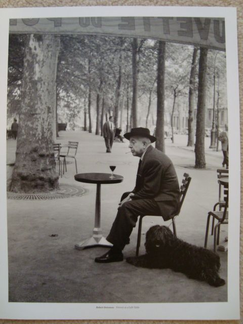 Famous photo from French photographer Robert Doisneau