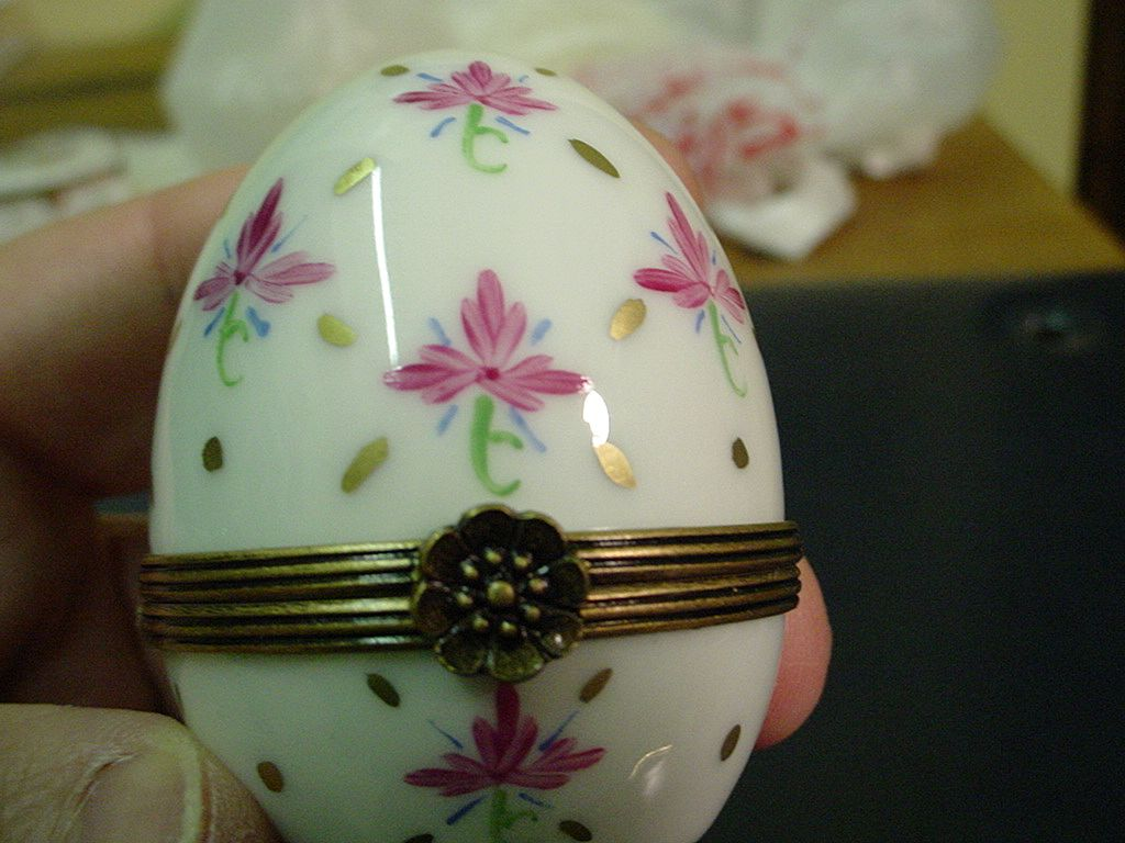 Authentic Hand Painted Egg Limoges Box Trinket Signed By