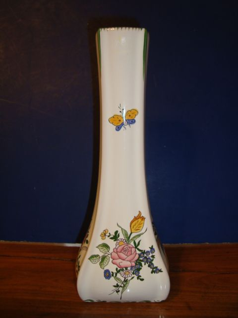 French vase signed by artist Renoleau