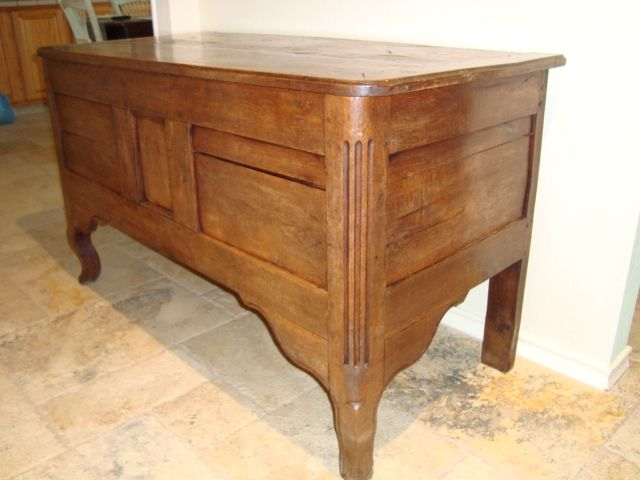 18th century French Louis XV period Castle trunk coffer circa 1740