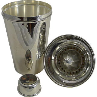 Large Vintage Silver Plated Cocktail Shaker With Integral Lemon Squeezer by James Dixon
