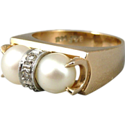 Vintage Retro 14K Gold Pearl Ring With Diamond Accents