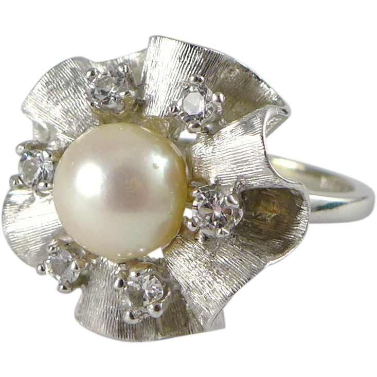 Vintage 10K White Gold Cultured Pearl Cocktail Ring - Mad Men Era
