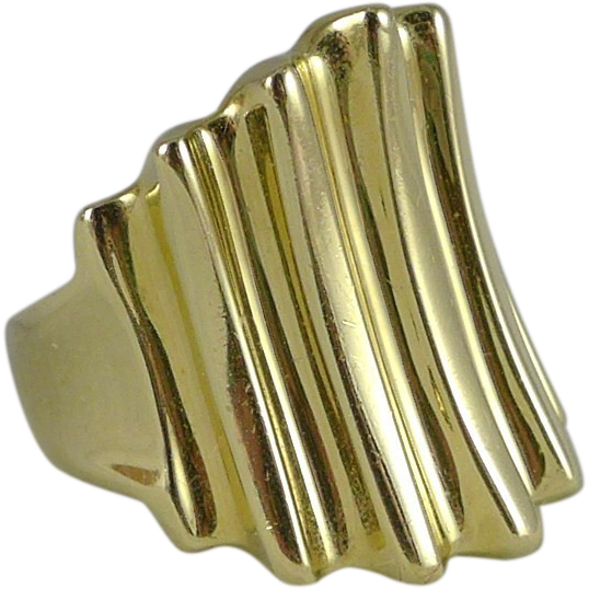 Heavy, Vintage 14K Gold Ribbed Cigar Band Ring