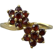 Vintage 14K Gold Garnet Flower Ring
