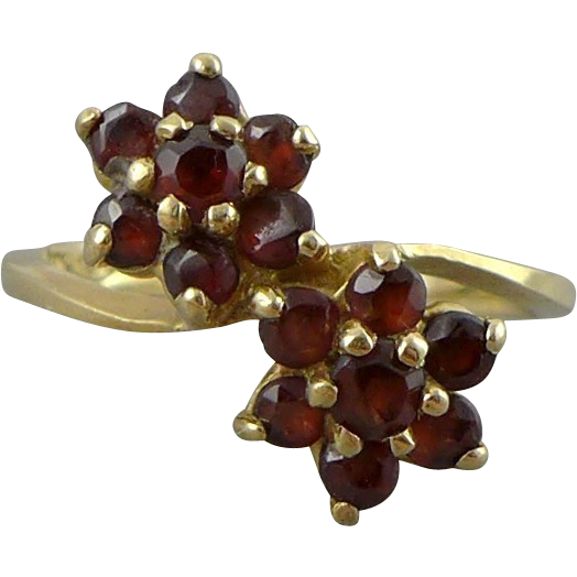 Vintage 14K Gold Garnet Flower Ring