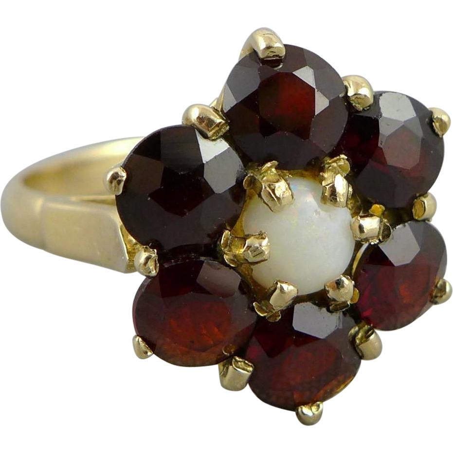 Vintage English 9ct Gold Garnet and Opal Ring