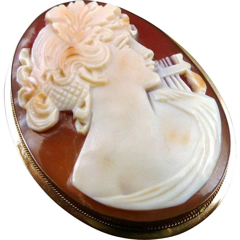 Vintage 14K Gold Shell Cameo Brooch / Pendant of Terpsichore