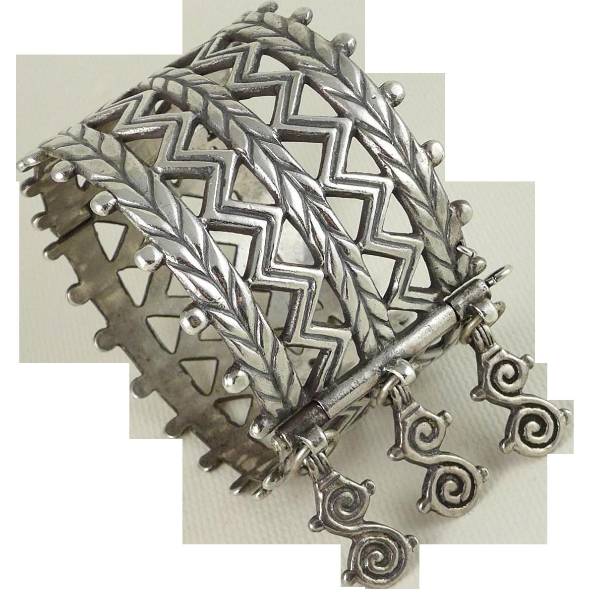 Finnish Kalevala Koru Sterling Silver Bracelet - Merya Hinged Bangle - Helsinki 1972