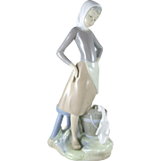 Vintage Lladro Figurine 4682 Girl With Milk Pail