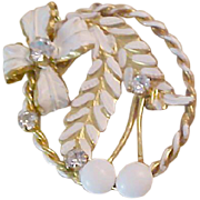 1940's Incredible White Textured Design~Diamante & Glass Milk Beads Brooch