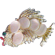 Mother-Of-Pearl Round Discs ~ Figural FISH Brooch/Pin