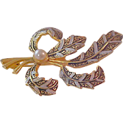 Funtastic DAMASCENE Exotic Brooch Feature Colors of Silver & White