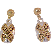 Alluring Silver & Gold Plate  Bubbles Oval Dangle Post Earringa