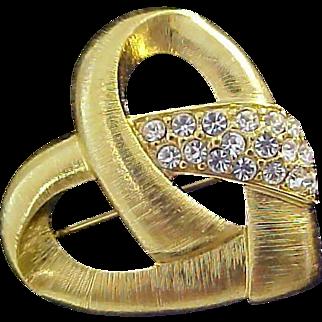 Lavish Textured  Gold Plate Diamante` Brooch~ Valentines Day